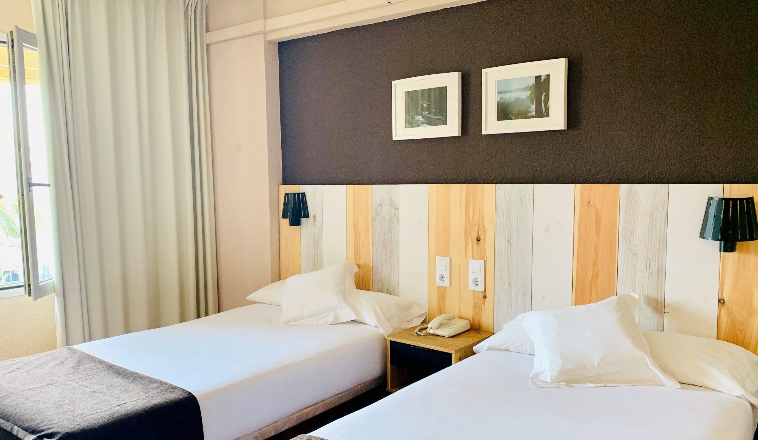 habitacion premium con 2 camas separadas